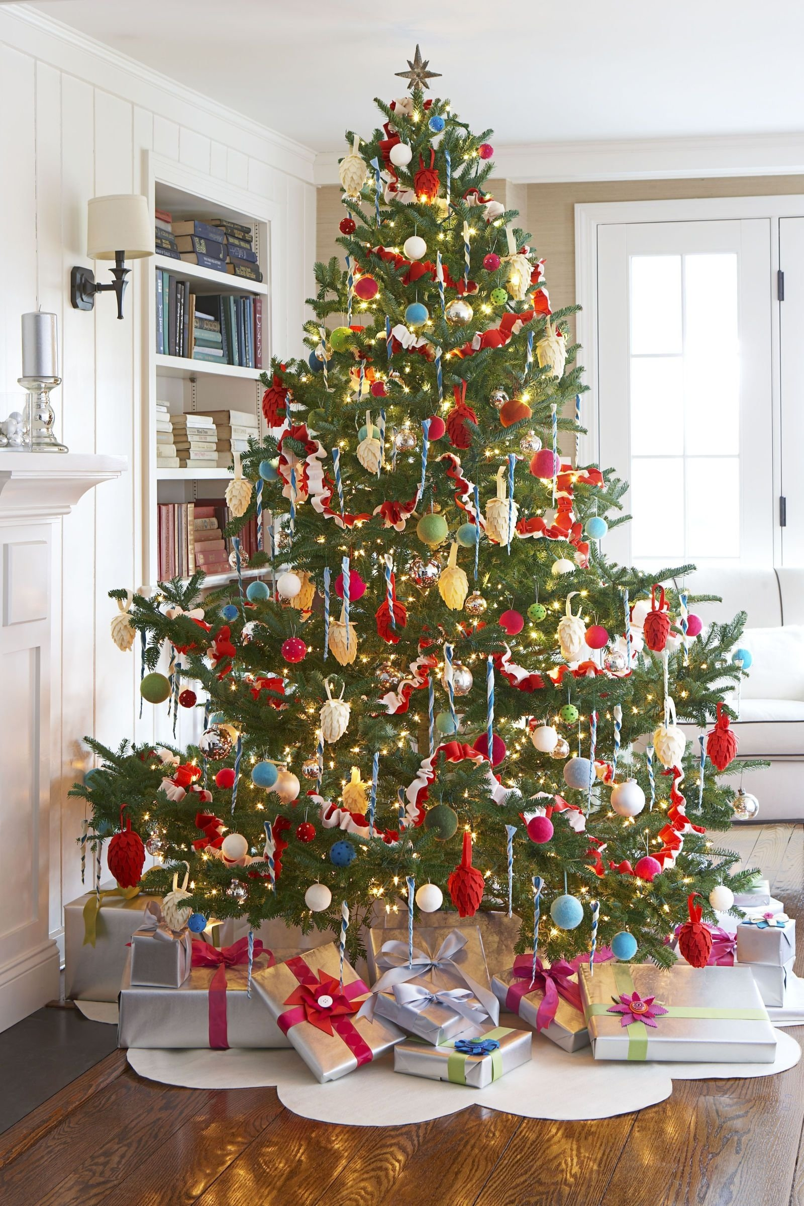 10 Ideal Ideas For Decorating Christmas Trees 37 christmas tree decoration ideas pictures of beautiful christmas 2 2020