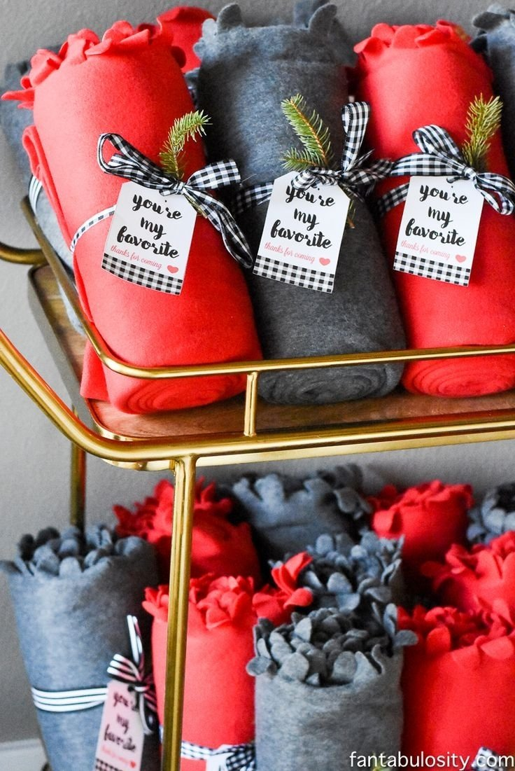10 Stylish Christmas Party Hostess Gift Ideas 377 best favorite things party images on pinterest monogram styles