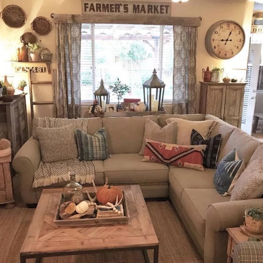 10 Lovable Rustic Decorating Ideas For Living Rooms 4 simple rustic farmhouse living room decor ideas my home decor guide 2021