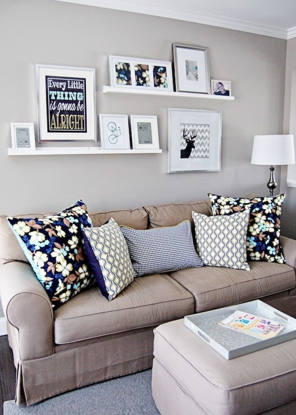 10 Pretty Cheap Decorating Ideas For Apartments 40 beautiful and cute apartment decorating ideas on a budget 3 2021