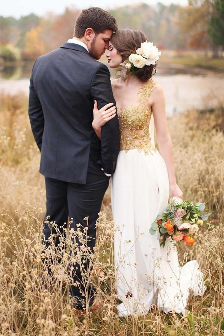 10 Attractive Bride And Groom Photo Ideas 40 romantic bride and groom wedding photography ideas 1 2020