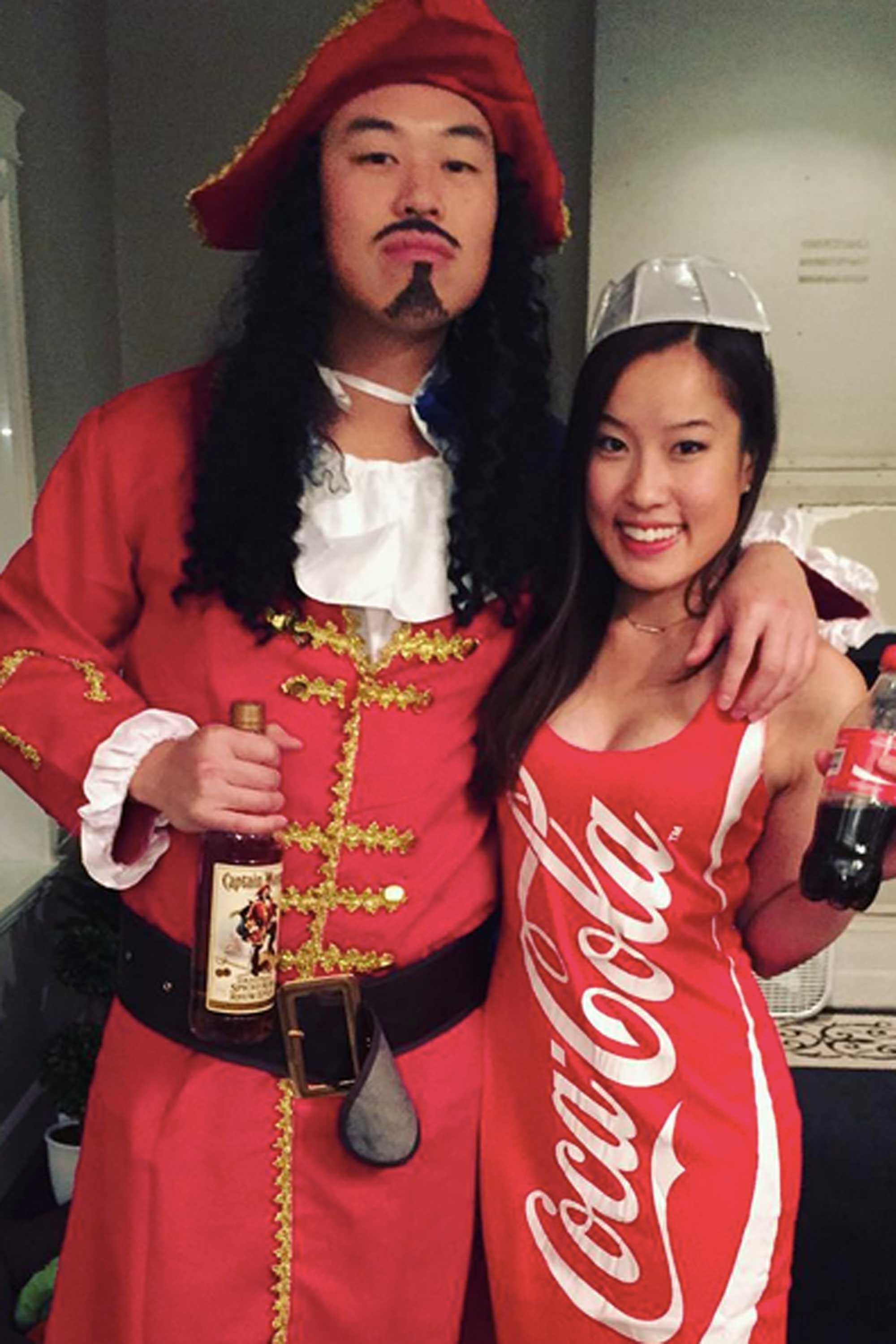10 Attractive Cheap Couple Halloween Costume Ideas 42 adorably cheesy couples halloween costumes coke costumes and 2