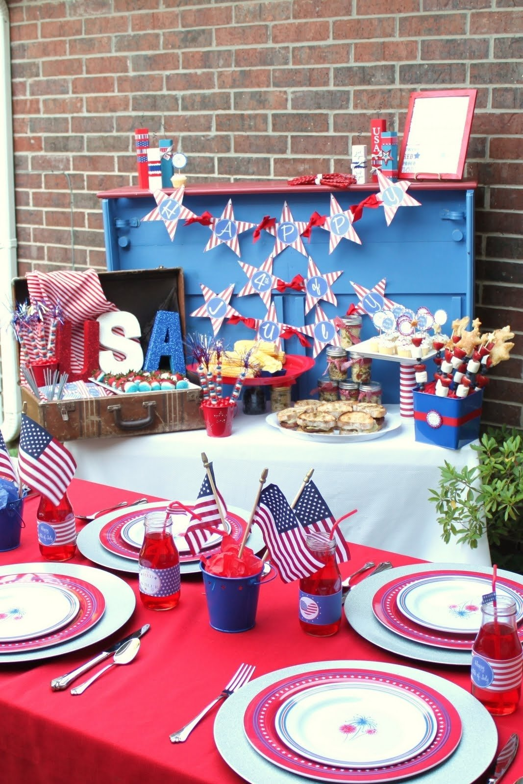 10 Lovely Fourth Of July Decoration Ideas 4th of july bbq giggles galore 3 2021