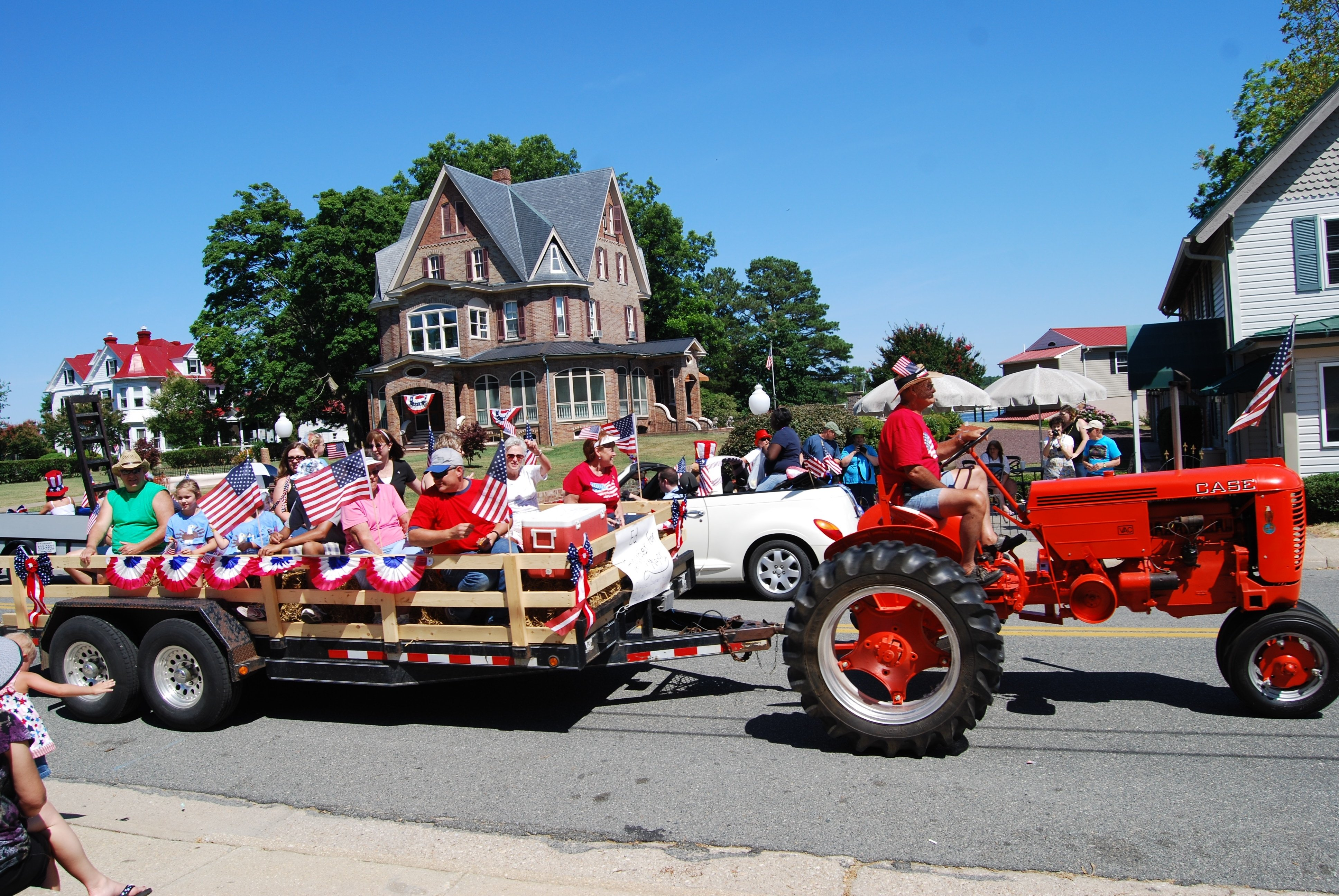 10 Spectacular Fourth Of July Float Ideas 4th of july parade floats on the day of reedville fourth of july 1 2021