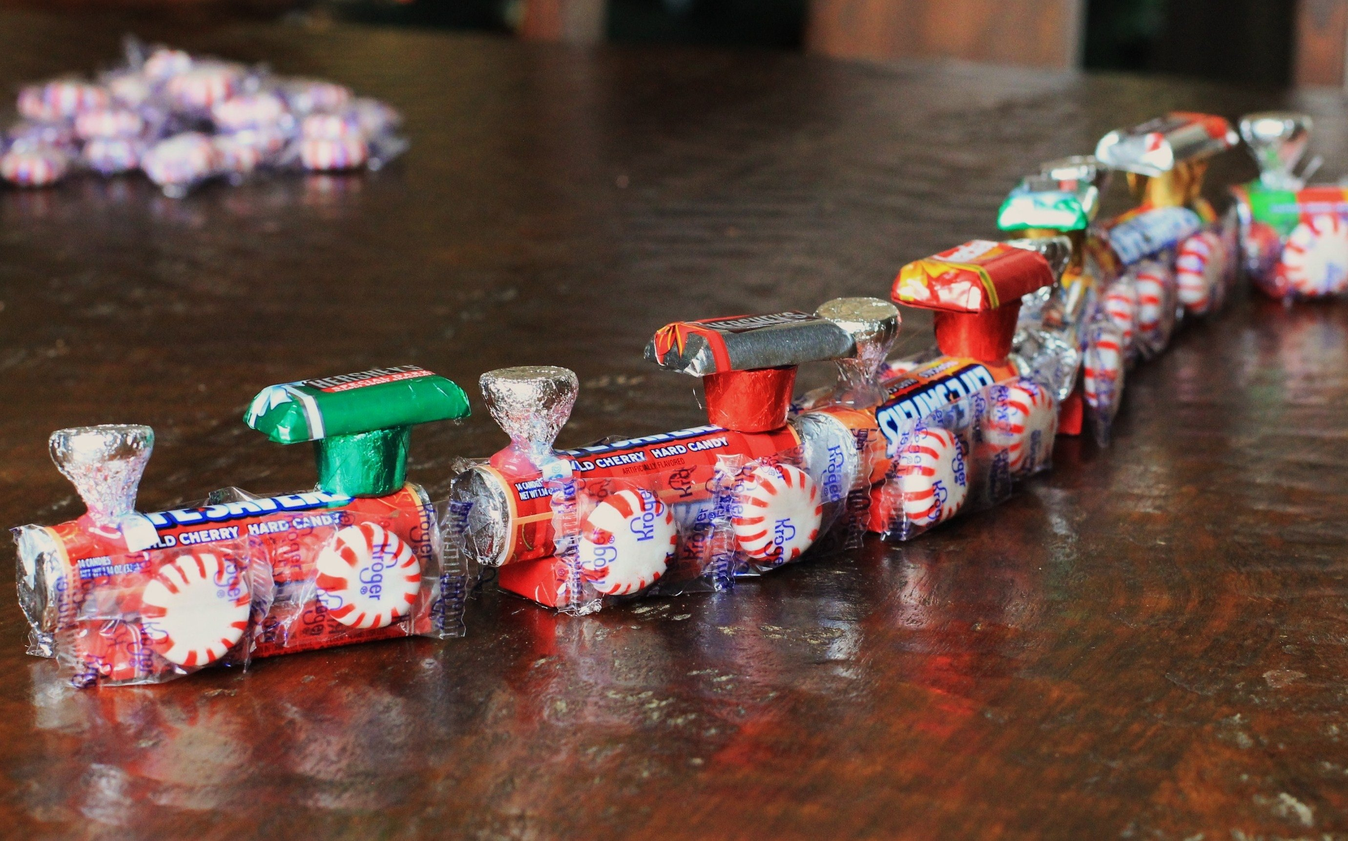 10 Ideal Christmas Ideas For Kids To Make 5 days of frugal christmas ideas how to make a candy train