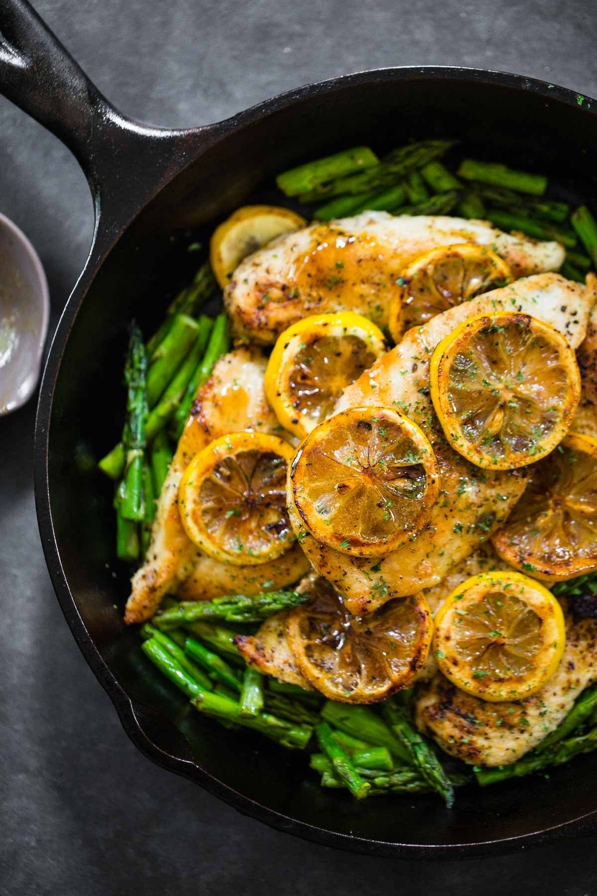 10 Attractive Healthy Dinner Ideas With Chicken 5 ingredient lemon chicken with asparagus recipe pinch of yum 2020