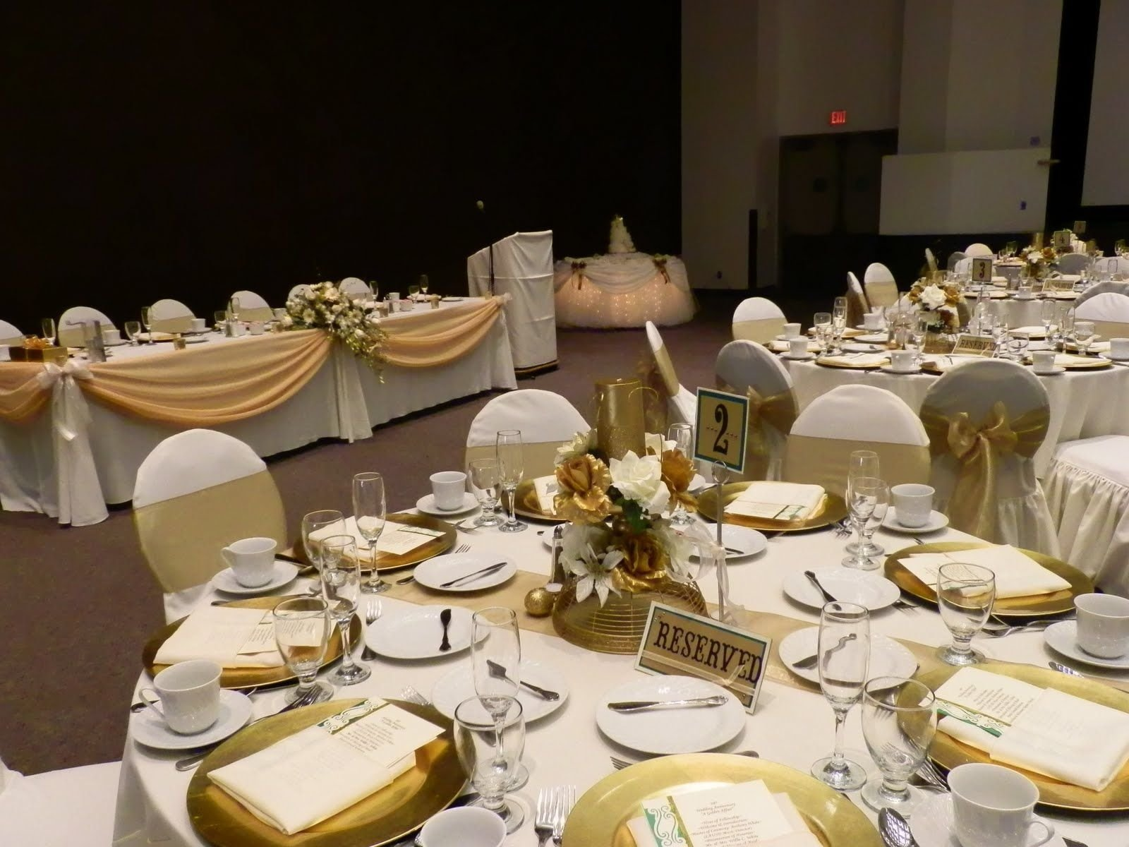 10 Pretty 50Th Wedding Anniversary Party Ideas 50th anniversary table decorations fantasy table skirtr for 1