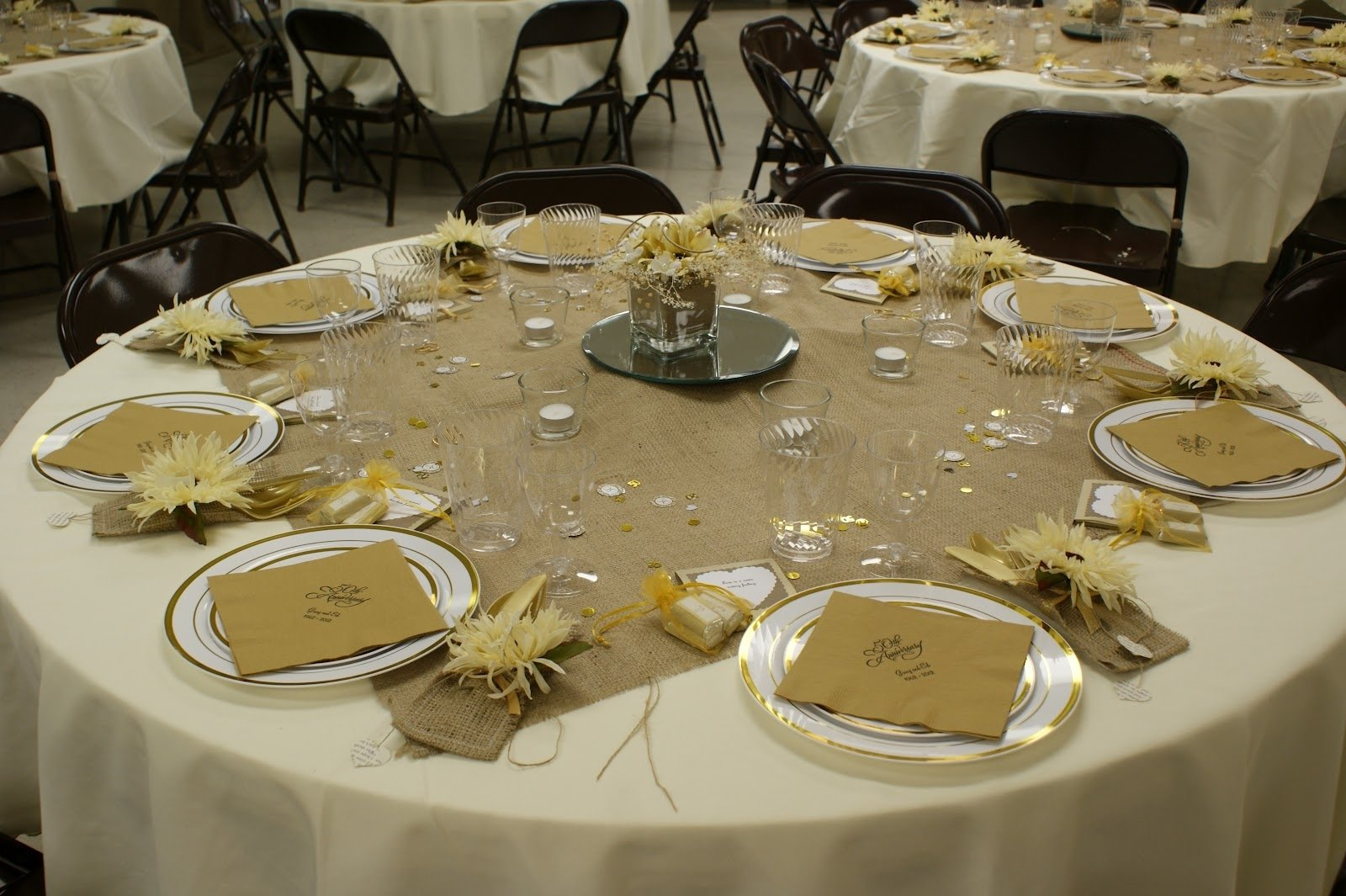 10 Pretty 50Th Wedding Anniversary Party Ideas 50th wedding anniversary party decorations wedding corners 2021