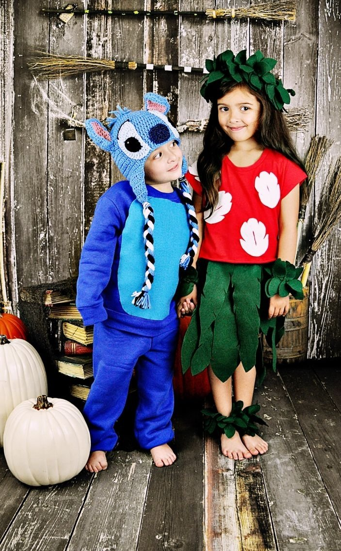 10 Most Popular Halloween Costume Ideas For Sisters 54 cute creepy and clever halloween costumes for siblings sibling 2020