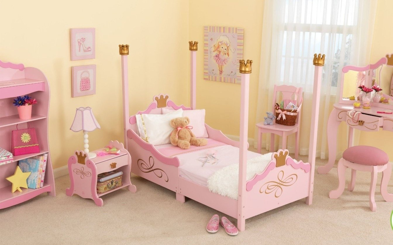 10 Fashionable Ideas For Little Girls Bedroom 55 rooms for kids girls best 25 small shared bedroom ideas on 2021