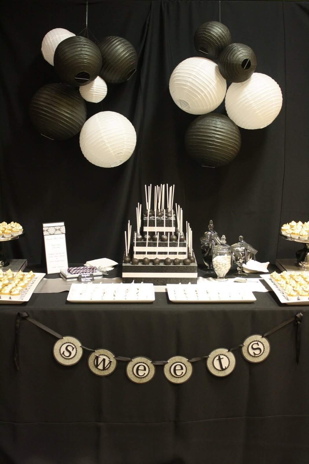 10 Unique Black And White Party Decorations Ideas 56 elegant black and white wedding dessert tables white cake pops 1