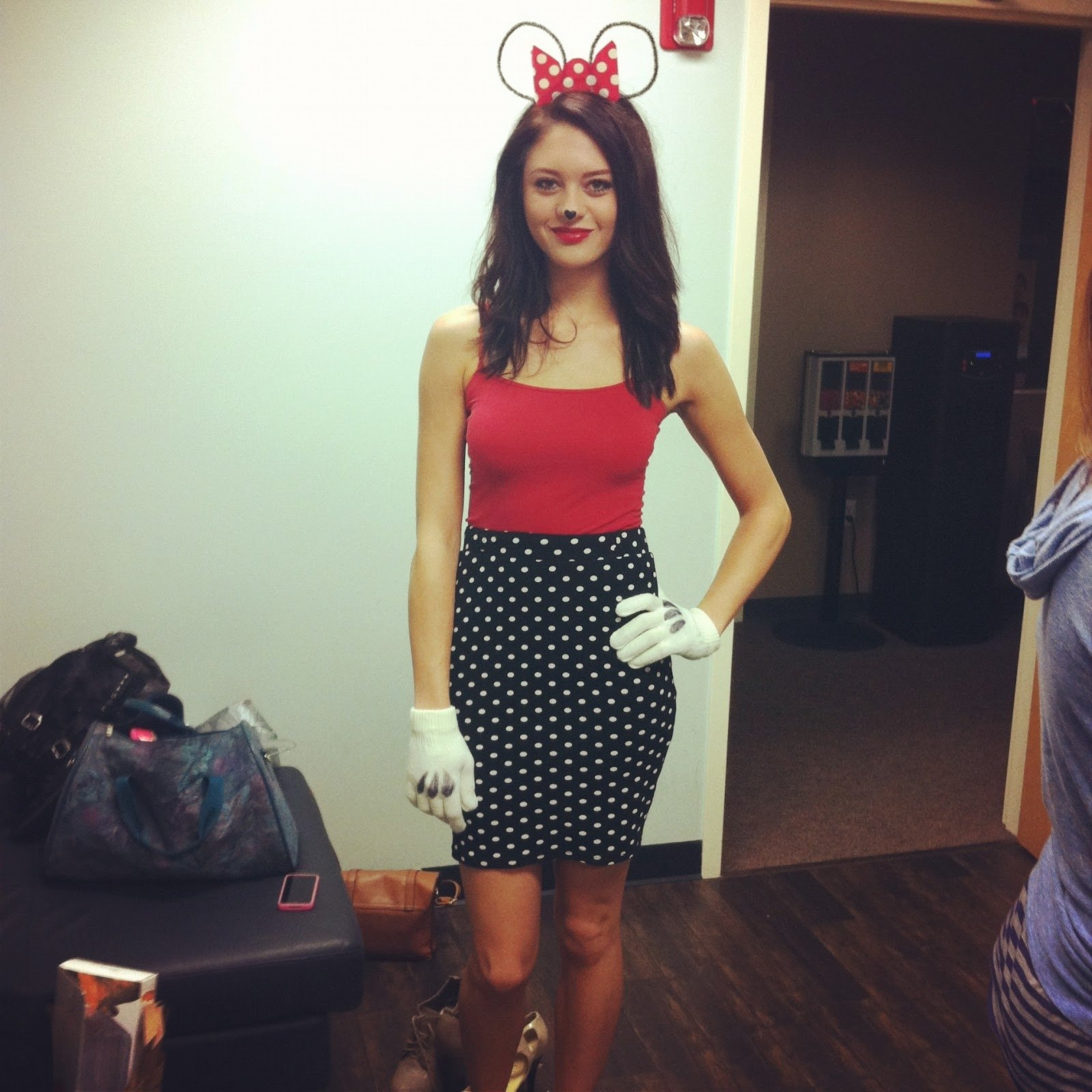 10 Great Minnie Mouse Costume Ideas For Women 59 diy minnie mouse halloween costume diy minnie mouse costume le 2020