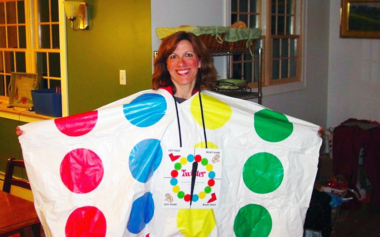 10 Stylish Make Your Own Halloween Costume Ideas 6 cheap easy diy halloween costumes 2 2020
