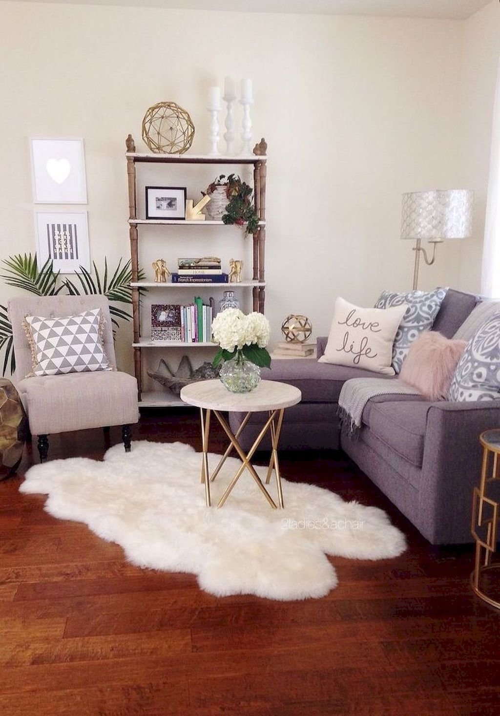10 Amazing Apartment Living Room Decorating Ideas 60 small apartment living room decorating ideas 2020