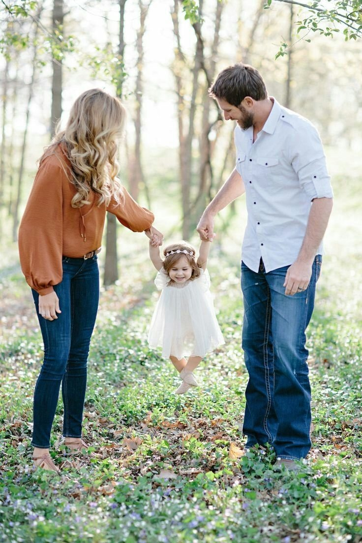 10 Best Family Photo Ideas With Toddler 646 best family photos images on pinterest family pictures family 1