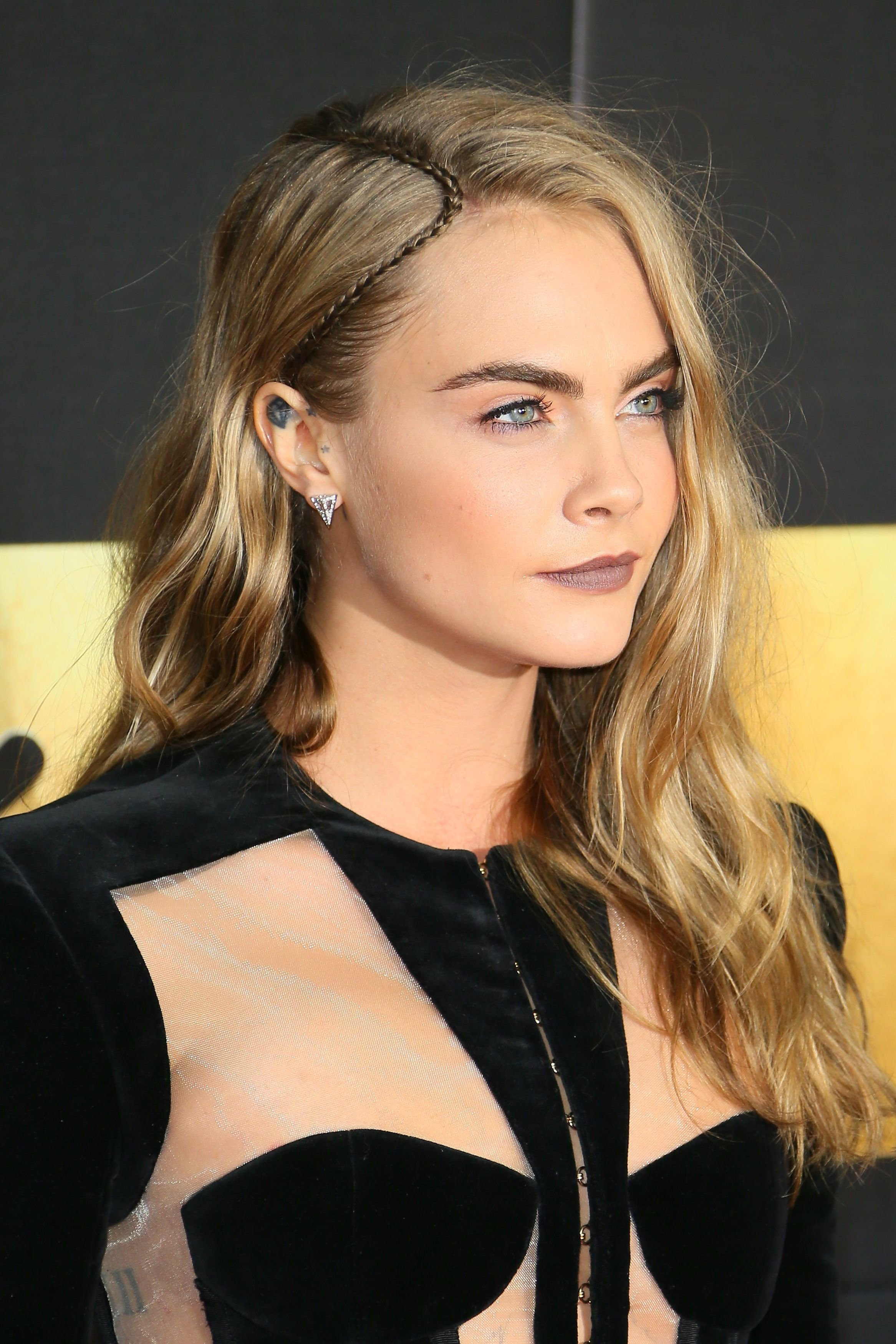 10 Elegant Cool Hair Ideas For Long Hair 65 sexy long hairstyles for 2018 best looks for long hair 2021