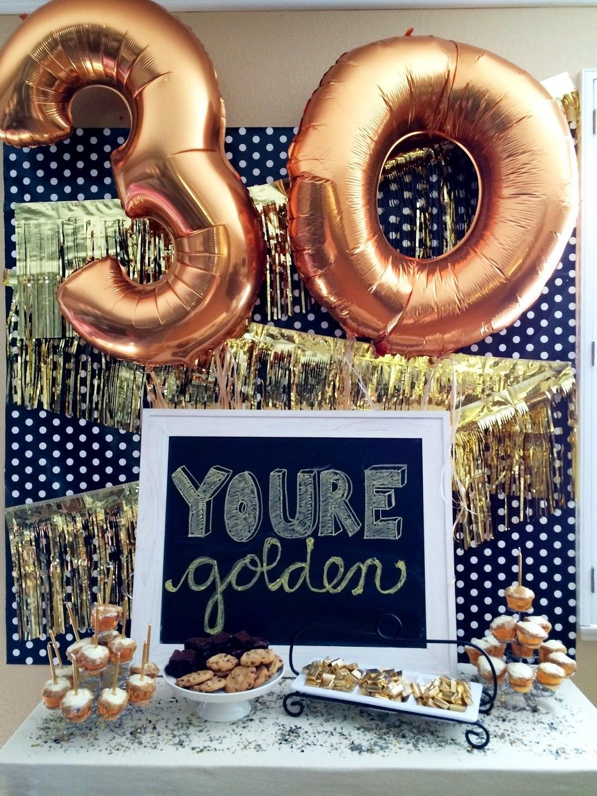 7 clever themes for a smashing 30th birthday party | 30 birthday