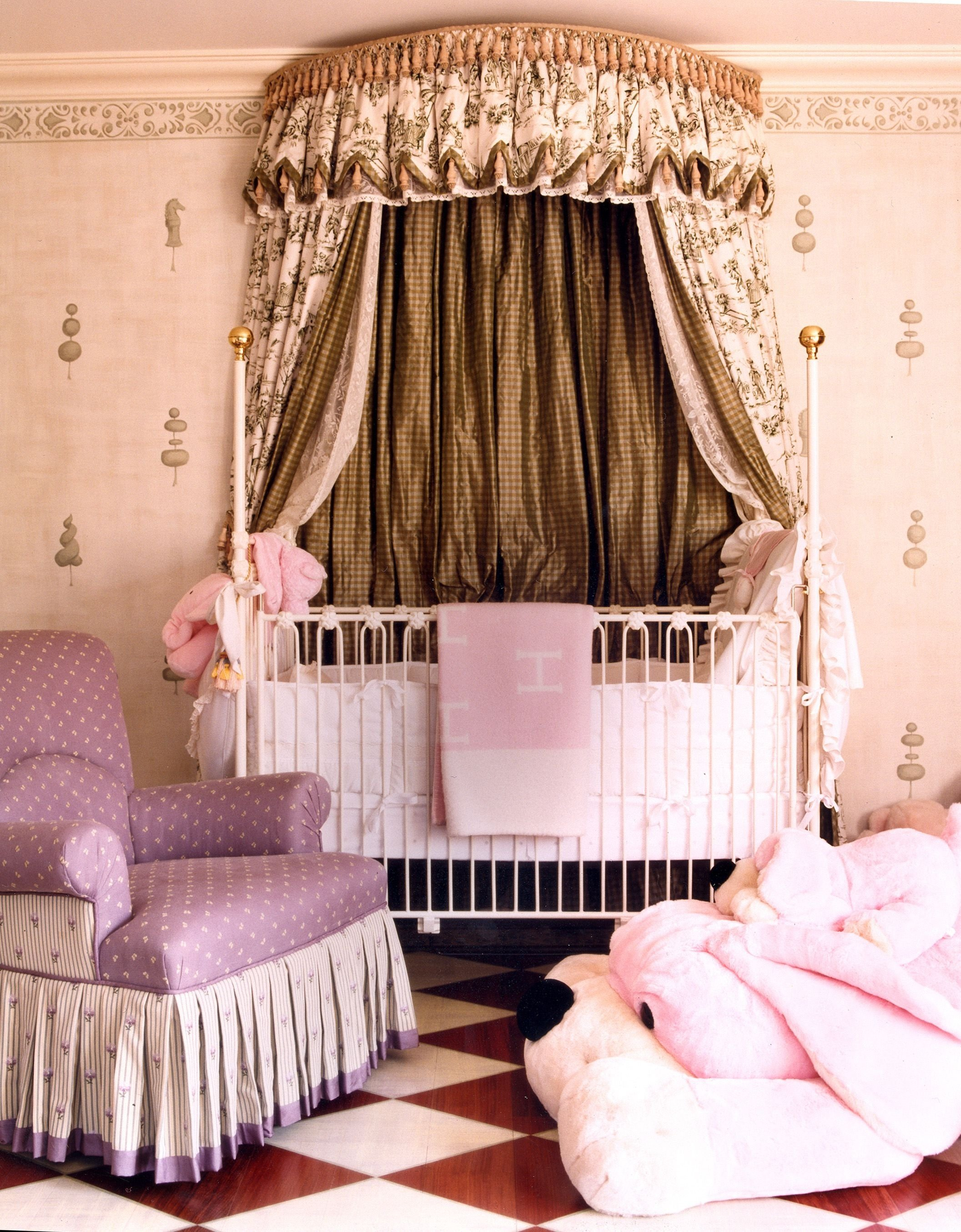 10 Wonderful Baby Girl Nursery Decorating Ideas 2021