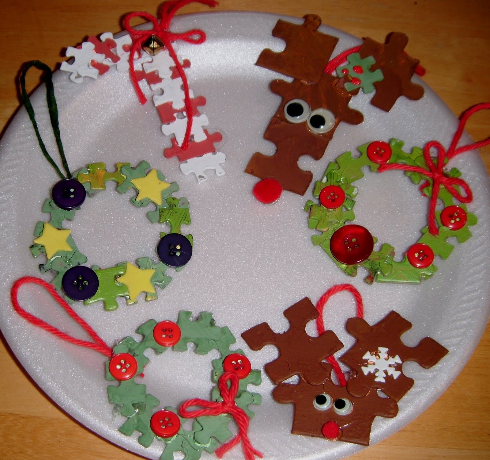 10 Gorgeous Christmas Ornament Craft Ideas For Kids 7 easy diy homemade christmas ornaments for kids 2021