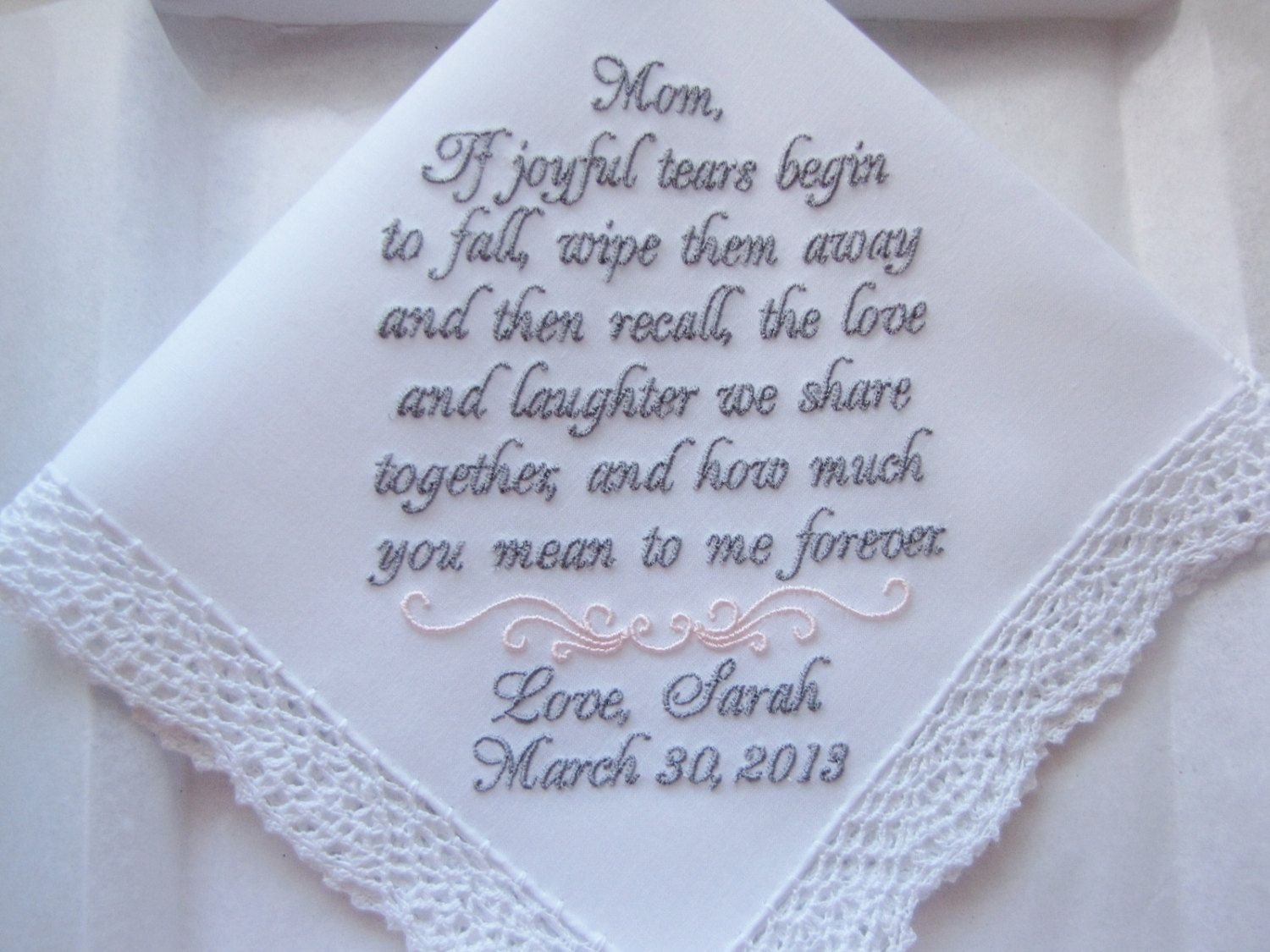 10 Stylish Thank You Gift Ideas For Parents 7 great thank you gift ideas for your parents on your wedding day 2 2020