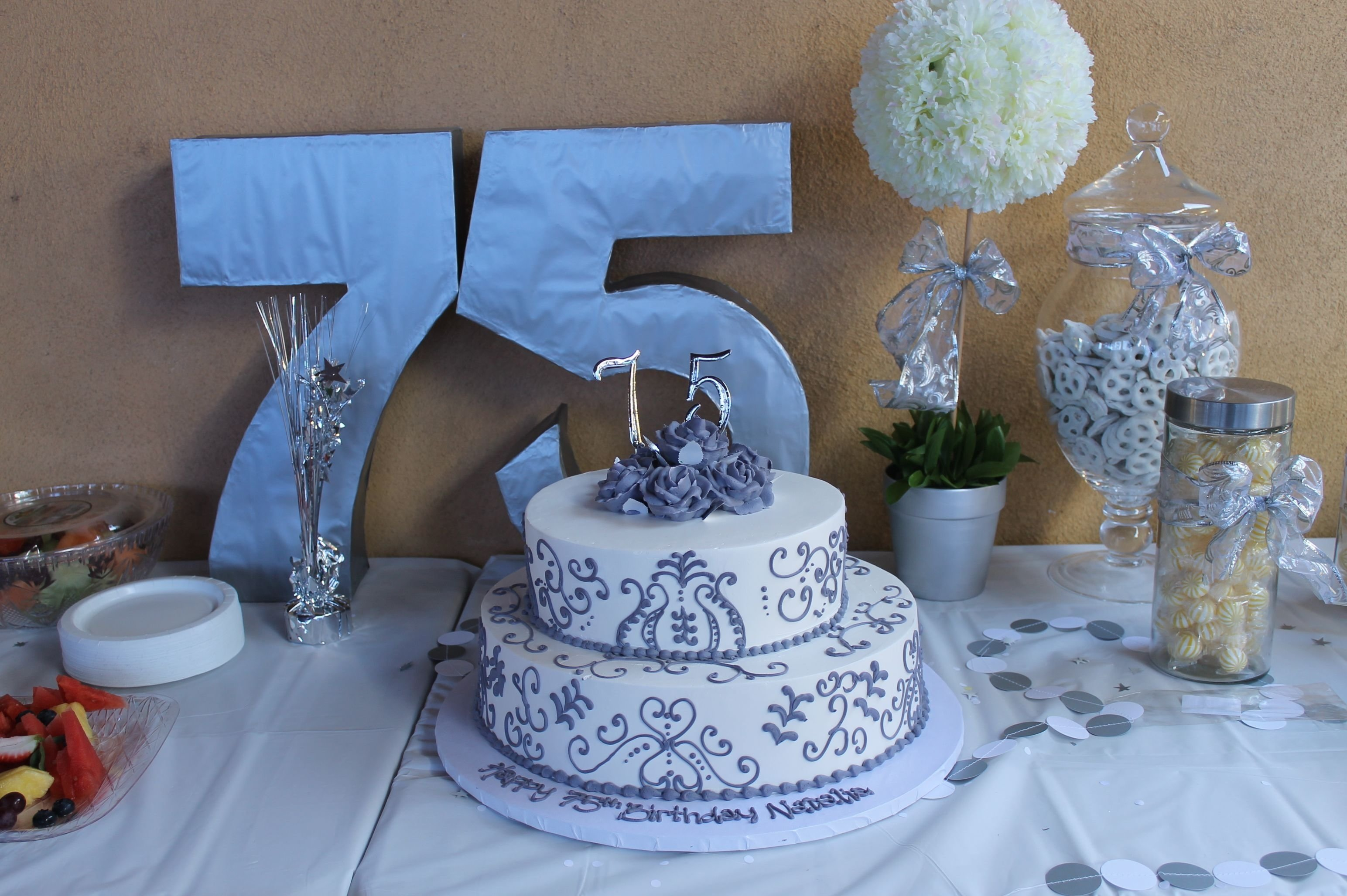 10 Beautiful Ideas For 75Th Birthday Party 75th Pinteres