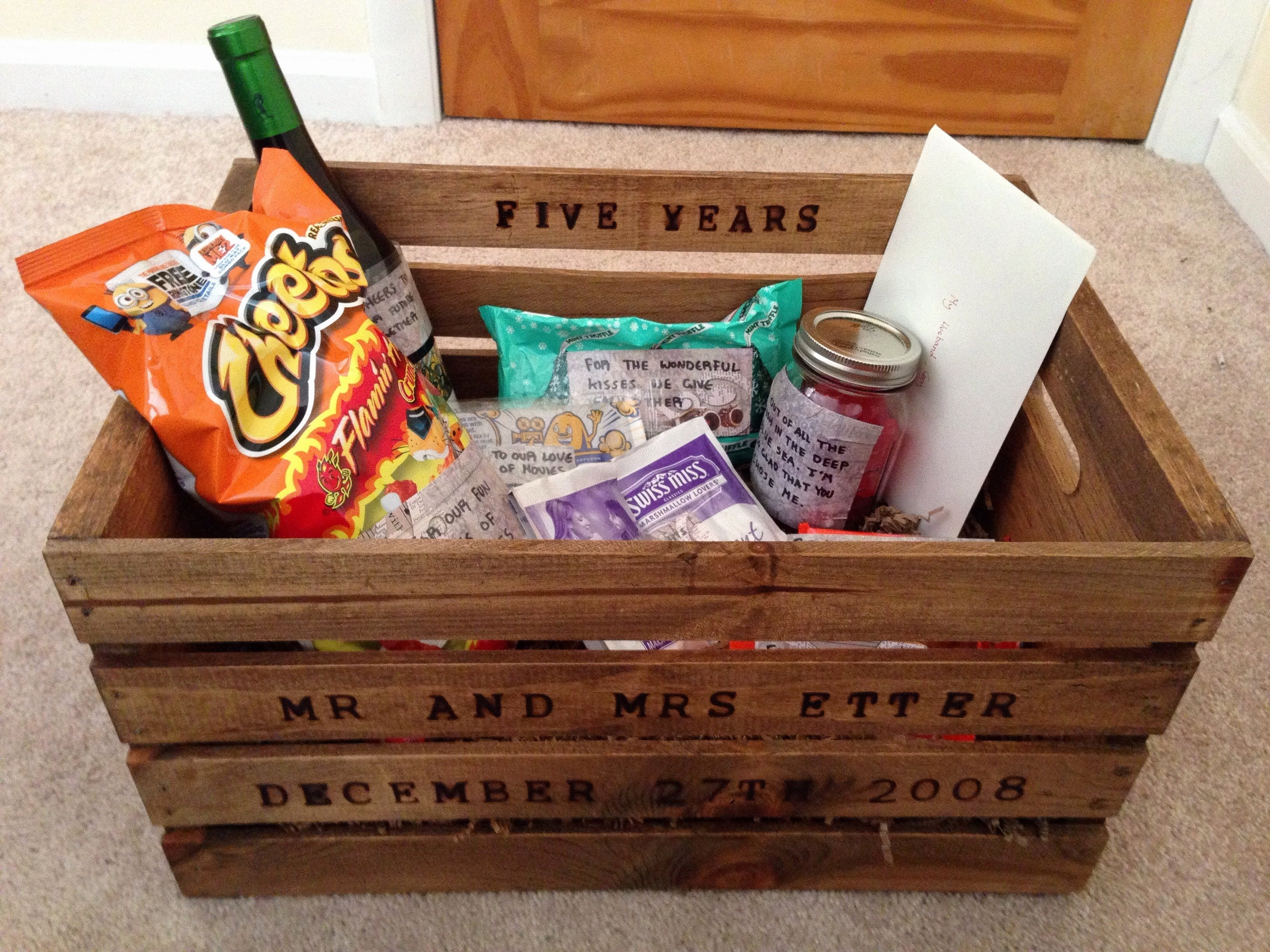 10 Pretty 5 Year Wedding Anniversary Gift Ideas 7th wedding anniversary gifts for him unique 12 5 anniversary gift 4 2020