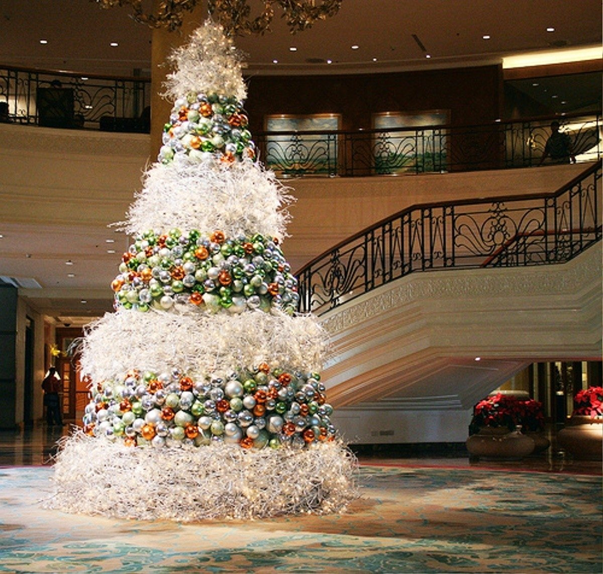 10 Most Popular Christmas Decorating Ideas For 2013 8 quick and easy christmas decorating tips decorspot