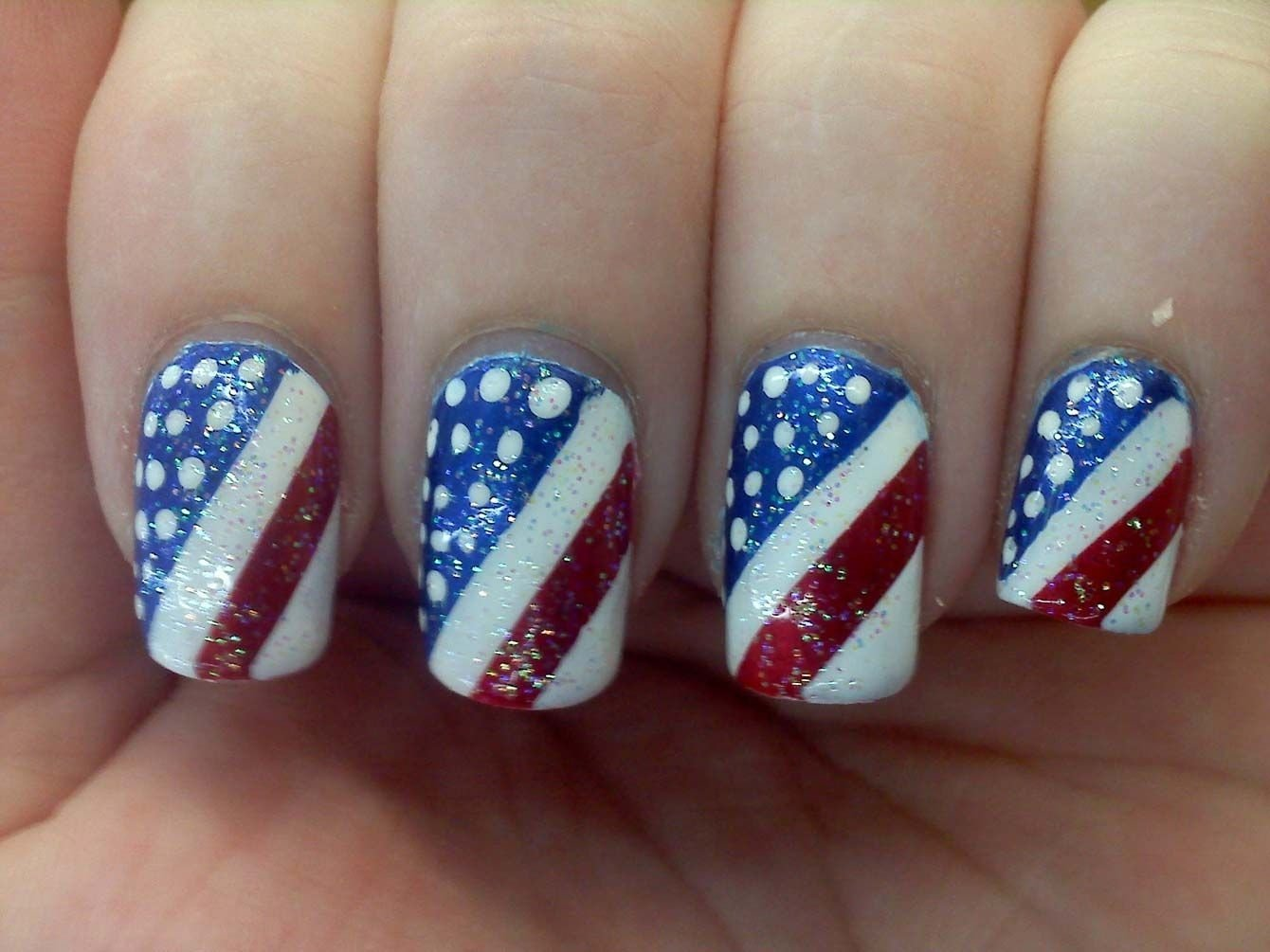 10 Awesome Fourth Of July Nail Art Ideas 8 techniques for 4th july nails nails pinterest nail nail and 2