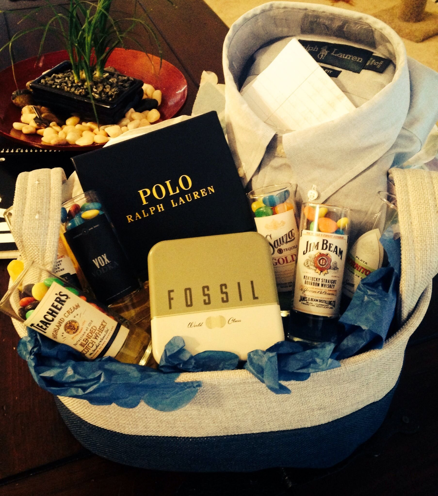 10 Attractive Birthday Gift Ideas For Boyfriend A Basket I Made My Boyfriends 21st