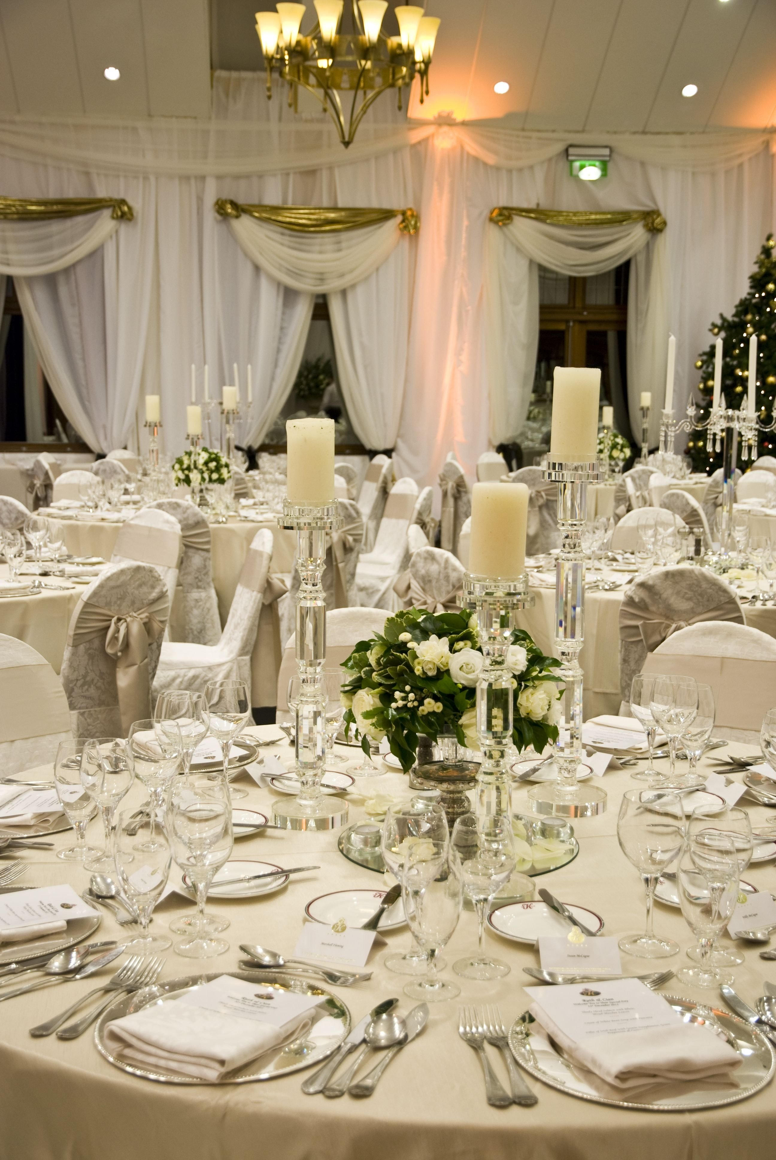 10 Cute Table Setting Ideas For Wedding a gorgeous wedding table setting in the k club the neutral tones 2021