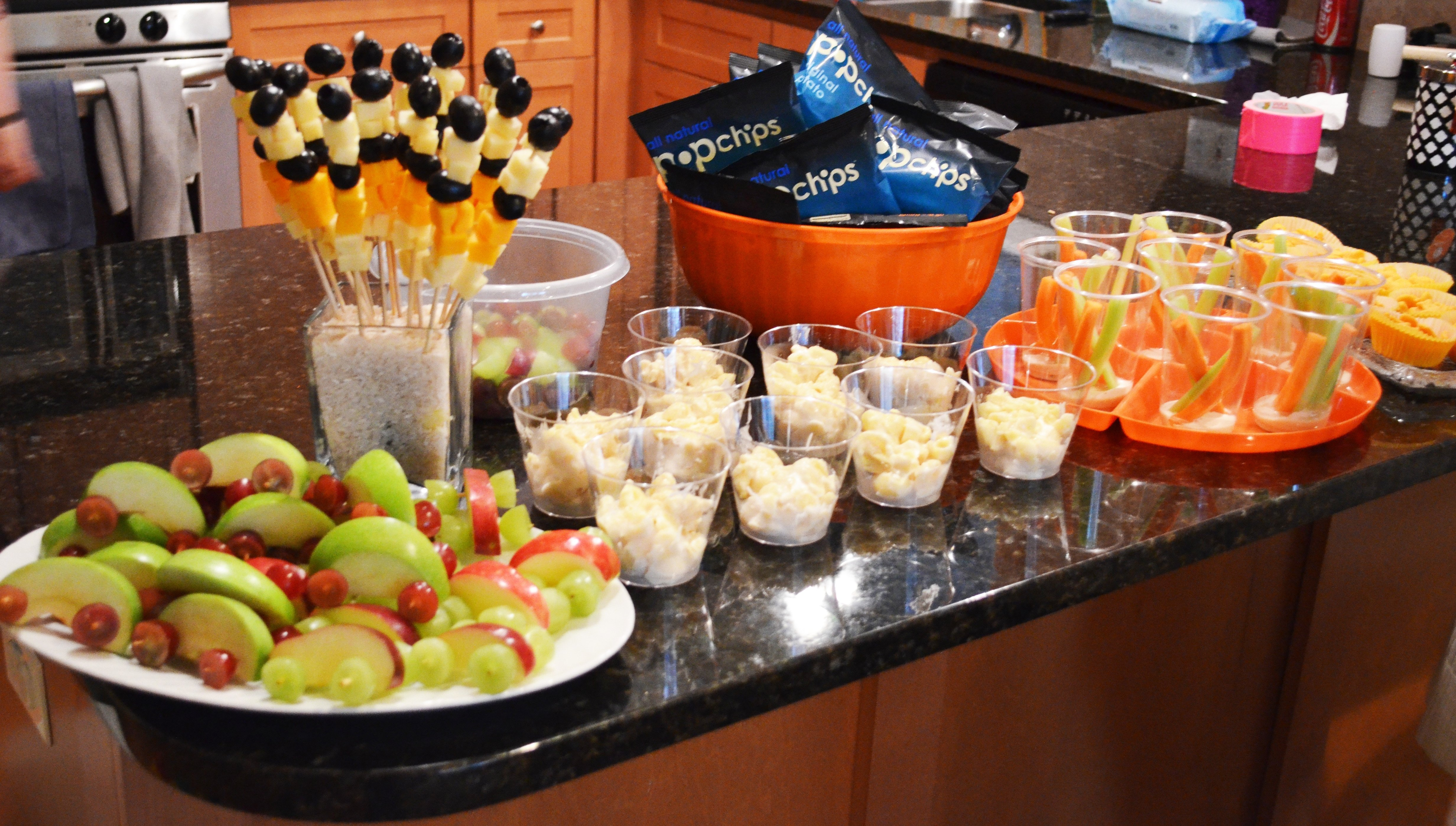 10 Cute Ideas For Birthday Party Food a how to construction truck birthday party birthdays 1 2021