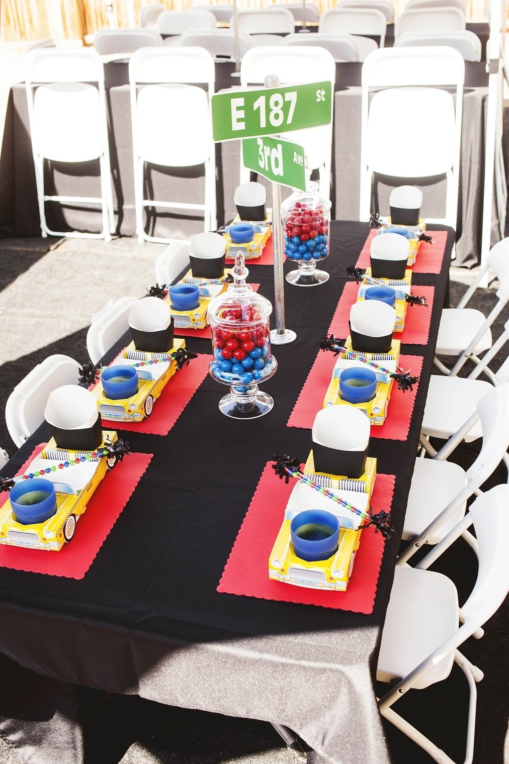 a new york city inspired first birthday party | spaceships and laser