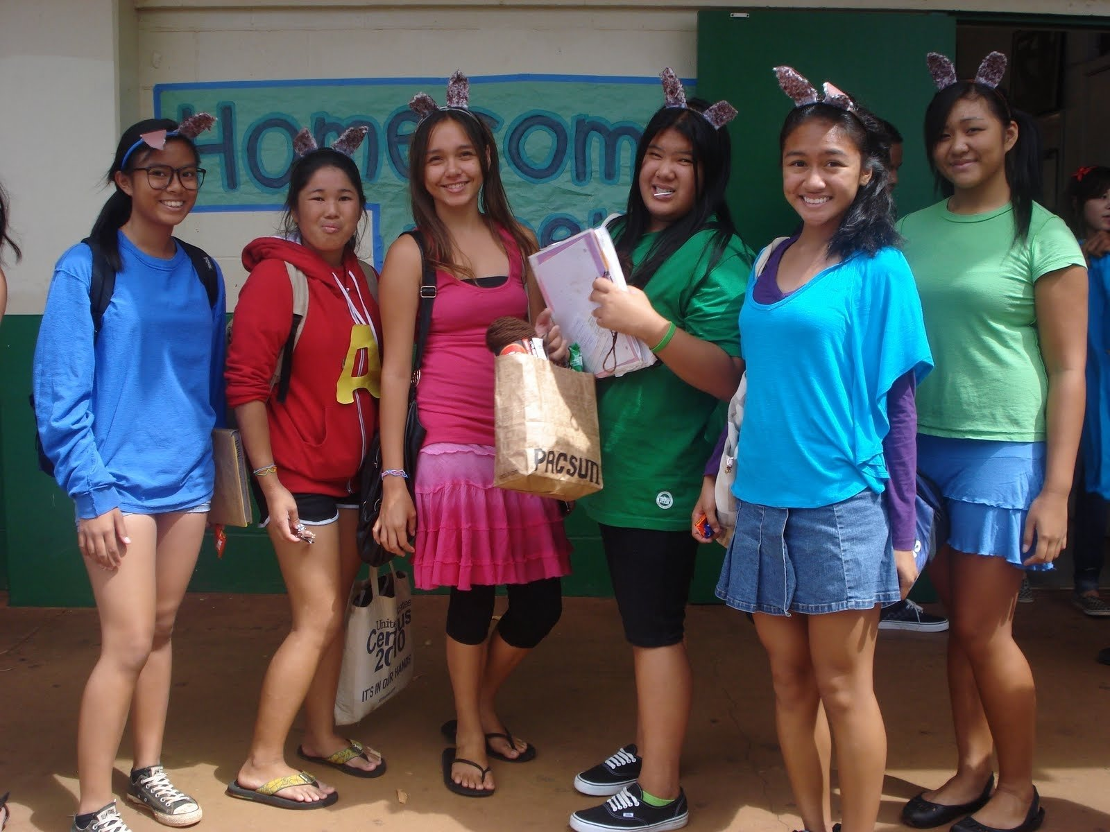 10 Perfect Character Day Ideas For Spirit Week aiea high school student activities homecoming week day 4 7 2020
