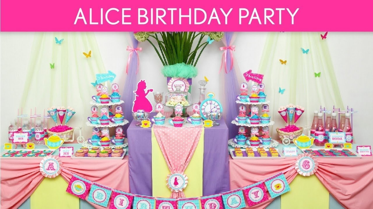 alice in wonderland birthday party ideas // wonderland tea party