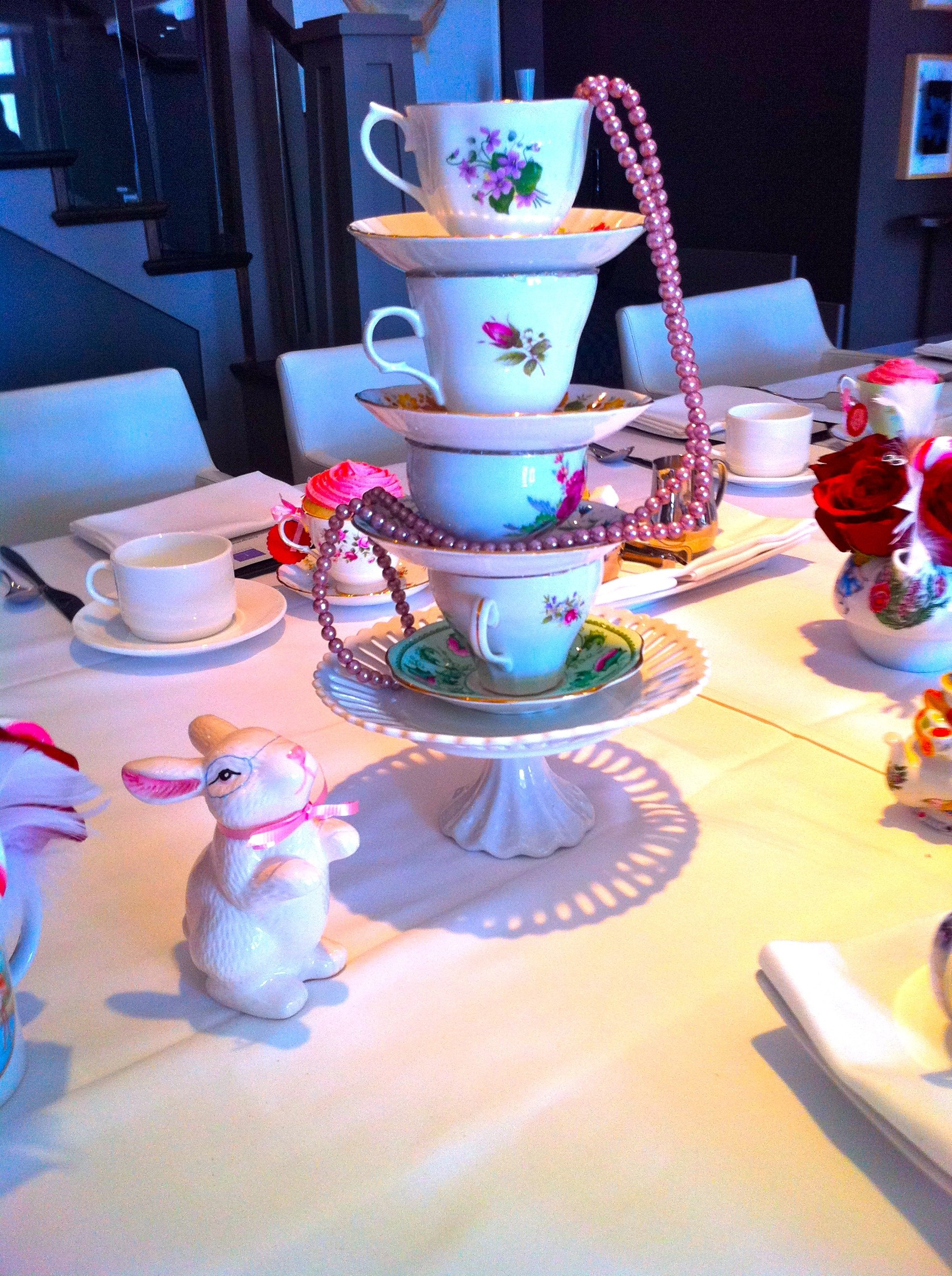 10 Lovable Alice In Wonderland Centerpiece Ideas alice in wonderland bridal shower bridal showers alice and