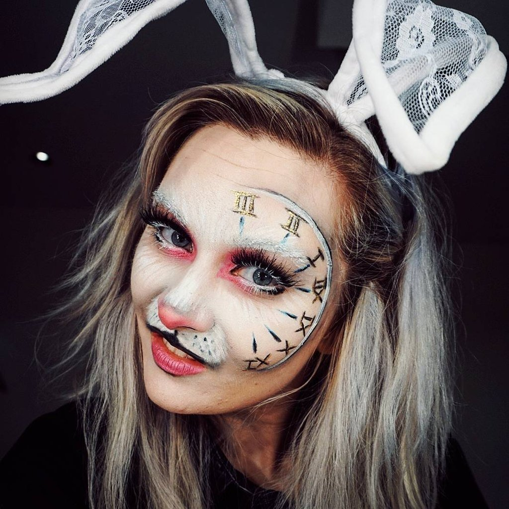 10 Great Alice In Wonderland Makeup Ideas alice in wonderland halloween makeup ideas popsugar beauty australia 2020