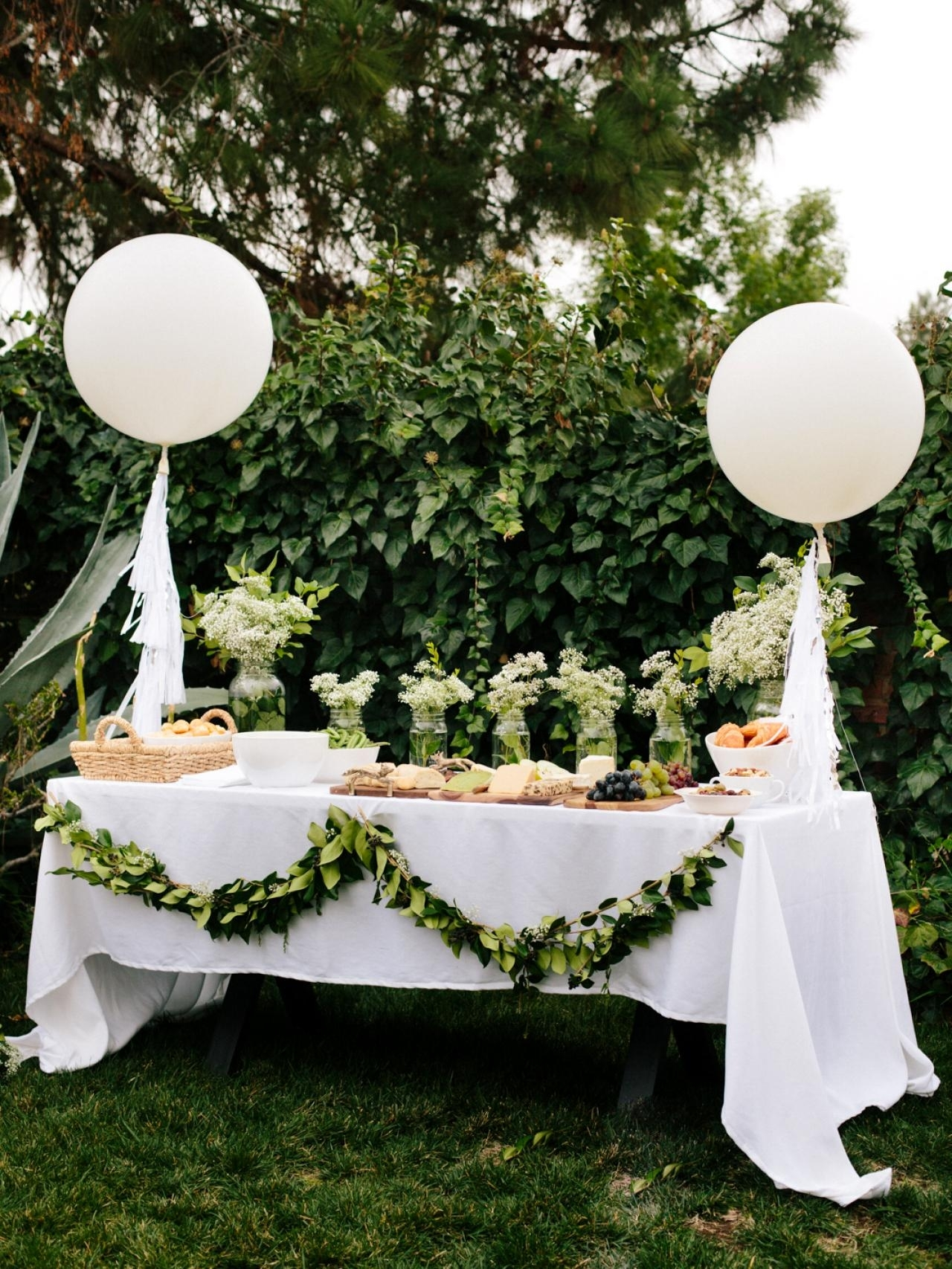 10 Amazing All White Baby Shower Ideas %name 2020