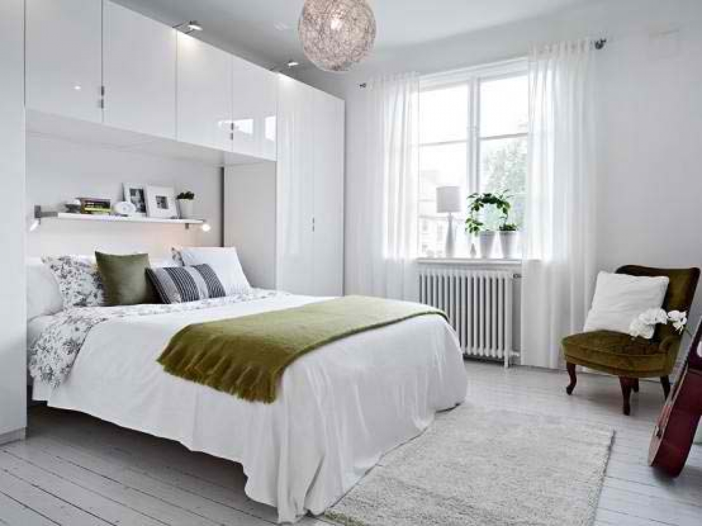 10 Most Popular Small Apartment Bedroom Decorating Ideas amazing of best finest wonderful looking apartment bedroo 6442 2021