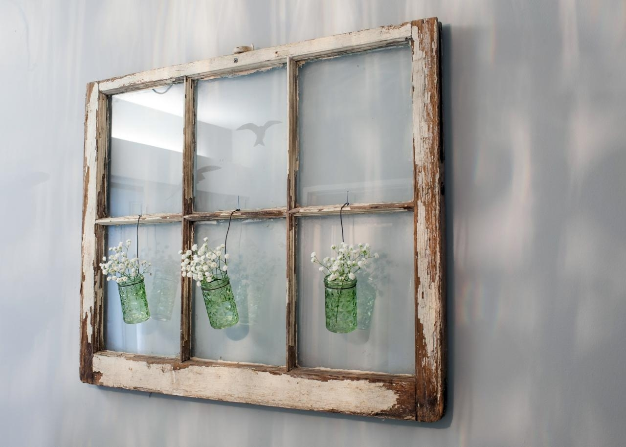 10 Famous Old Window Frame Decorating Ideas %name 2021