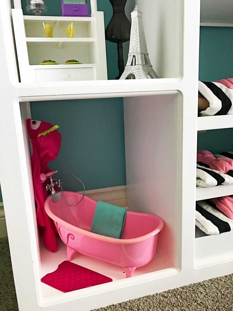 ... 10 Spectacular American Girl Doll Storage Ideas