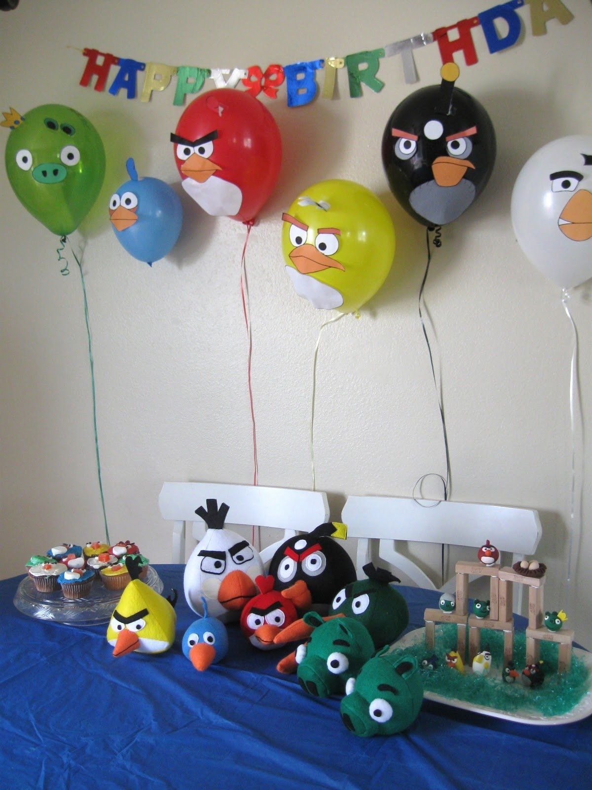 10 Pretty Party Ideas For 2 Year Old Boy angry birds balloons jacks next birthday party idea ideas for 7