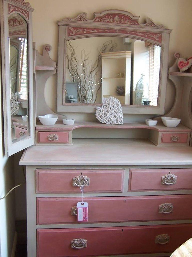 10 pretty annie sloan painted furniture ideas