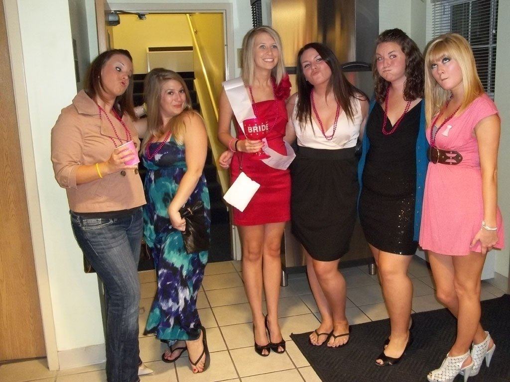 10 Lovely Bachelorette Party Ideas Columbus Ohio another group of girls having a bachelorette party at put in bay 3 2021