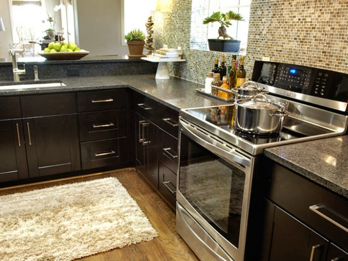 10 Pretty Ideas For Decorating A Kitchen antique sweet black kitchen decorating ideas decobizz 2020