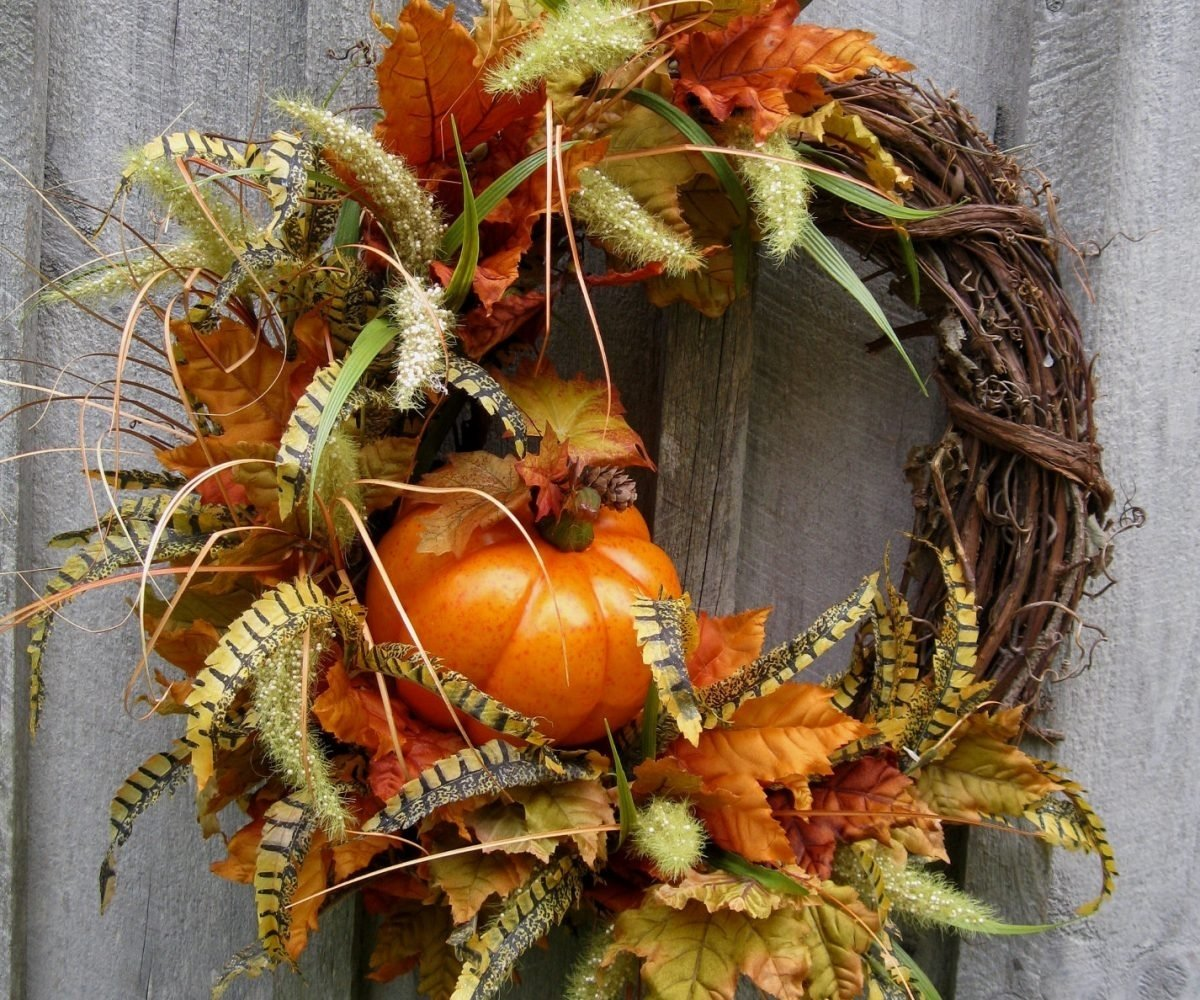 10 Stunning Fall Wreath Ideas Front Door autumn door wreaths door ideas themiracle biz 2020