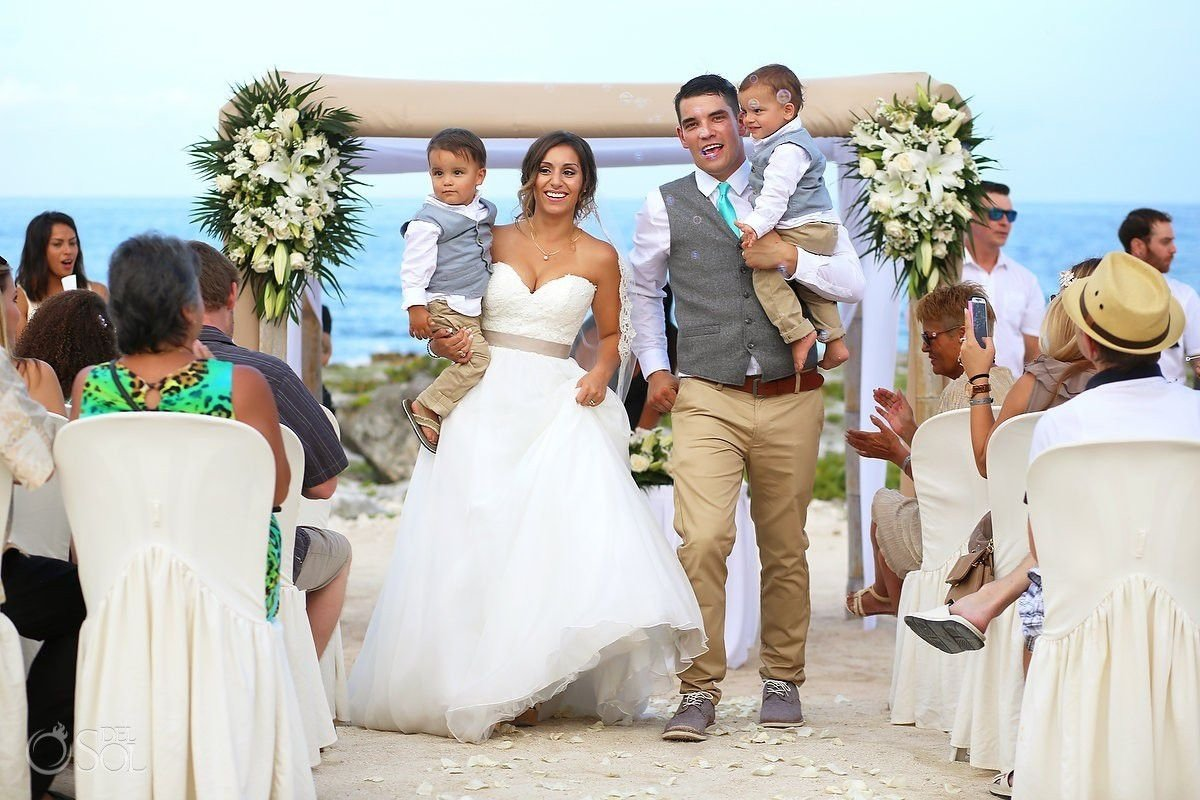 10 Trendy Bride And Groom Picture Ideas awesome asian bride and groom on a tropical beach wedding honeymoo