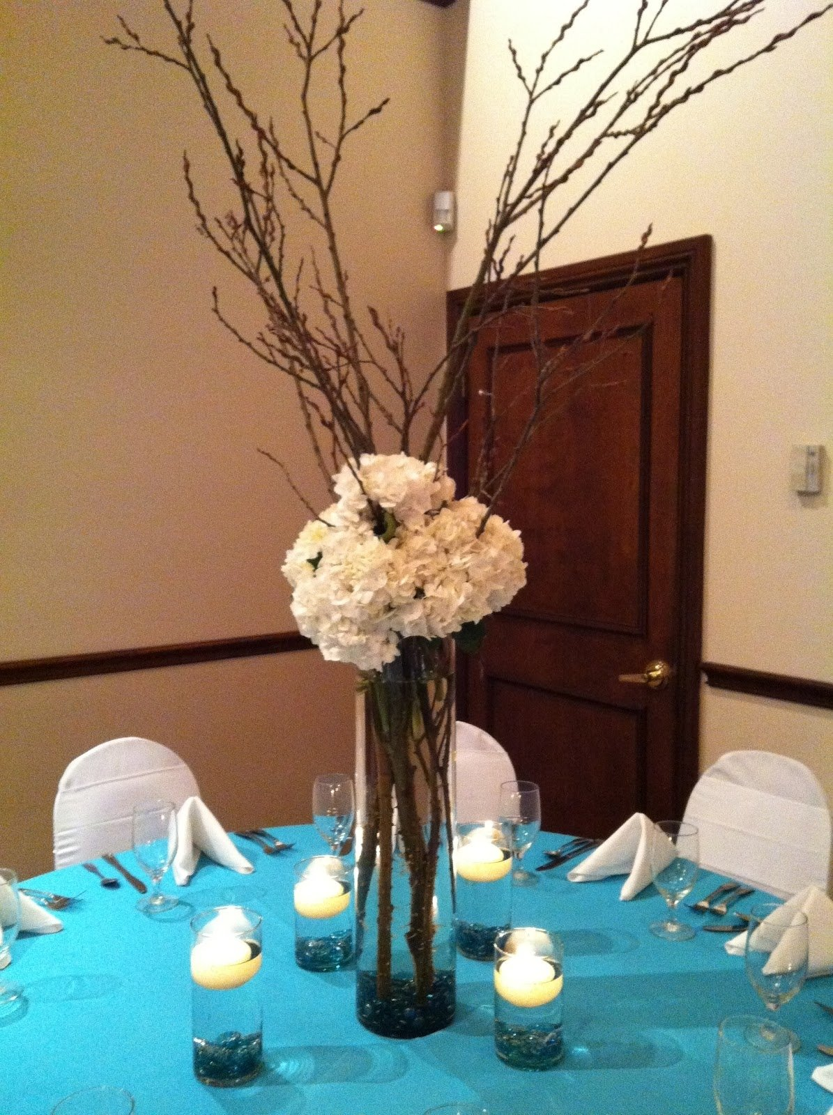 10 Lovable Ideas For Wedding Centerpieces On A Budget awesome cheap and easy wedding decorations 1000 ideas about 2 2021
