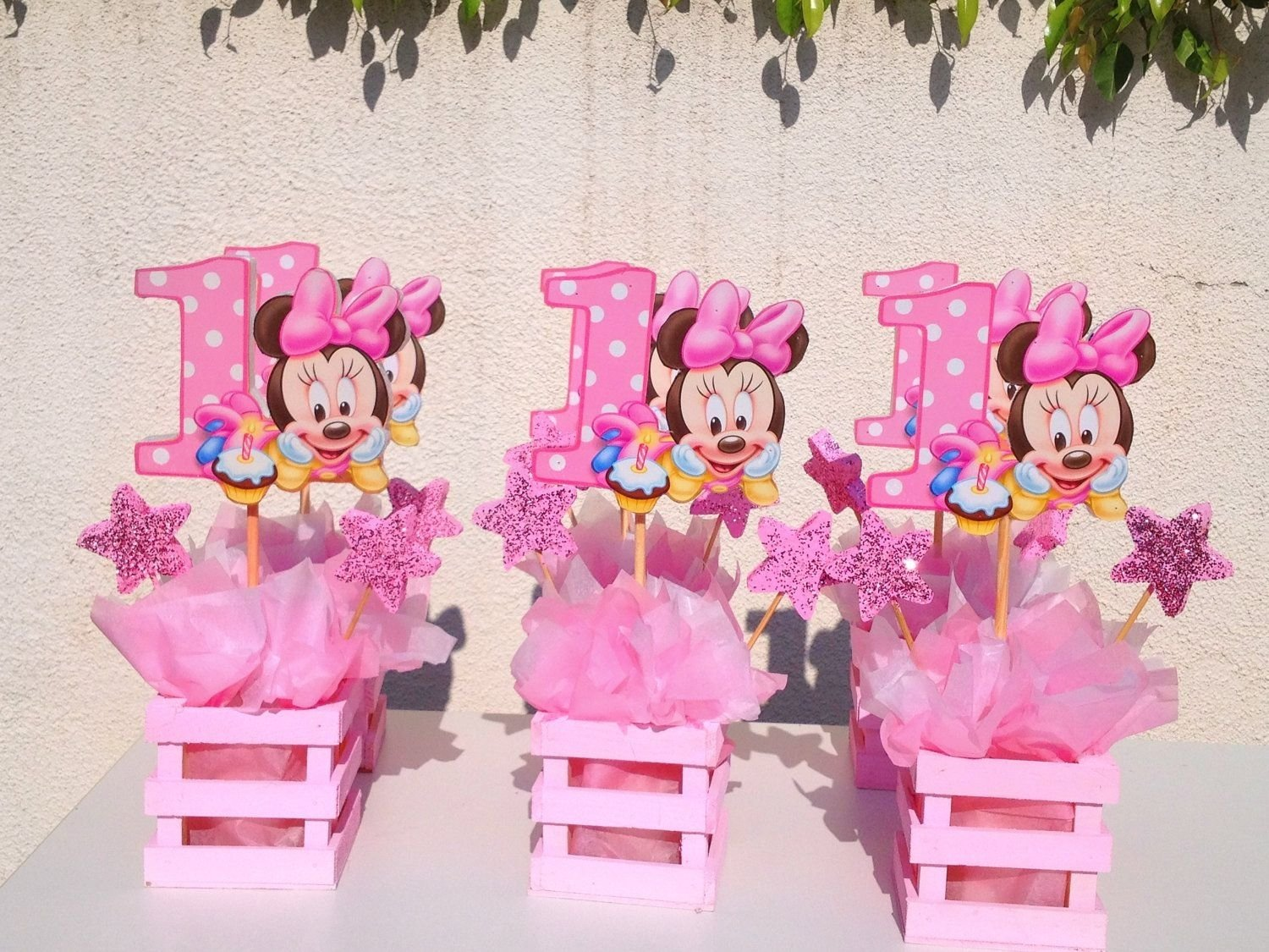 baby minnie mouse centerpiece for 1st birthday | minnie mouse