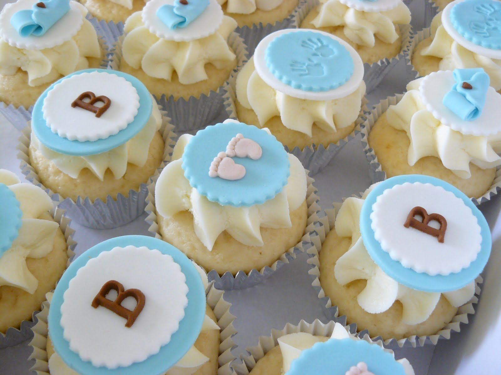 10 Fantastic Boy Baby Shower Cupcake Ideas