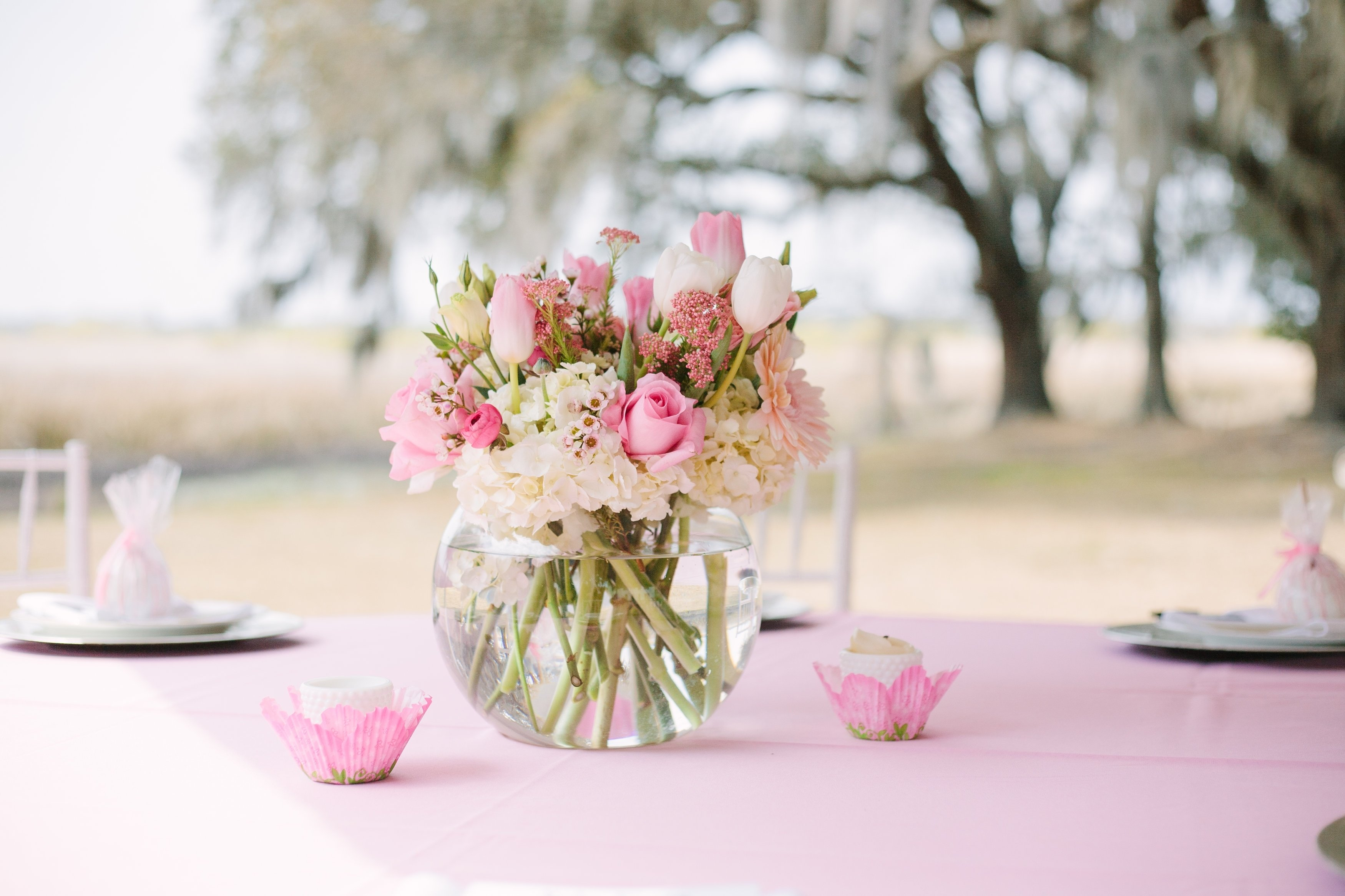 baby shower flowers centerpieces • baby showers ideas